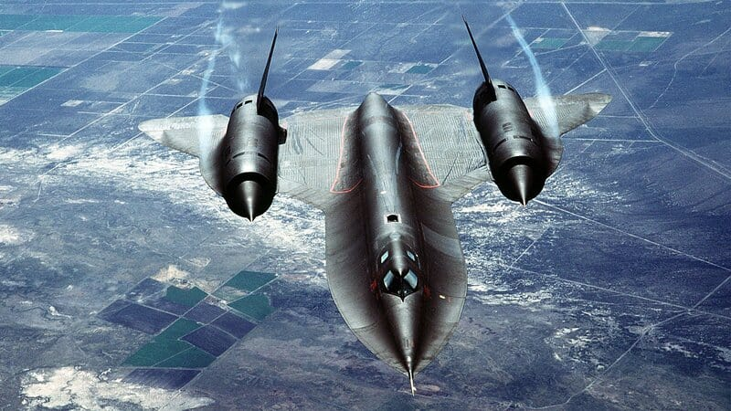 Lockheed SR-71 Blackbird fastest fighter jet in the world 2021